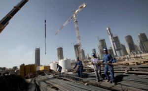 UAE – Dubai – worker on Jumeirah Heights construction site, a pr