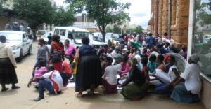 zimbabwe_woza_sit-down_web2